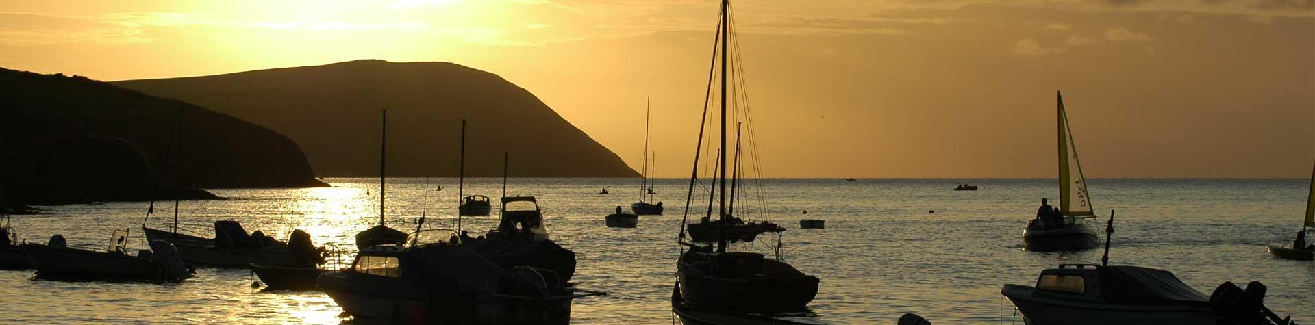 Min-y-Mor-Bach-Estuary-Sunset